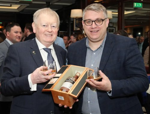 CHARLIE CHAWKE AND SEARSONS WELCOME A SINGLE CASK OF MIDLETON VERY RARE