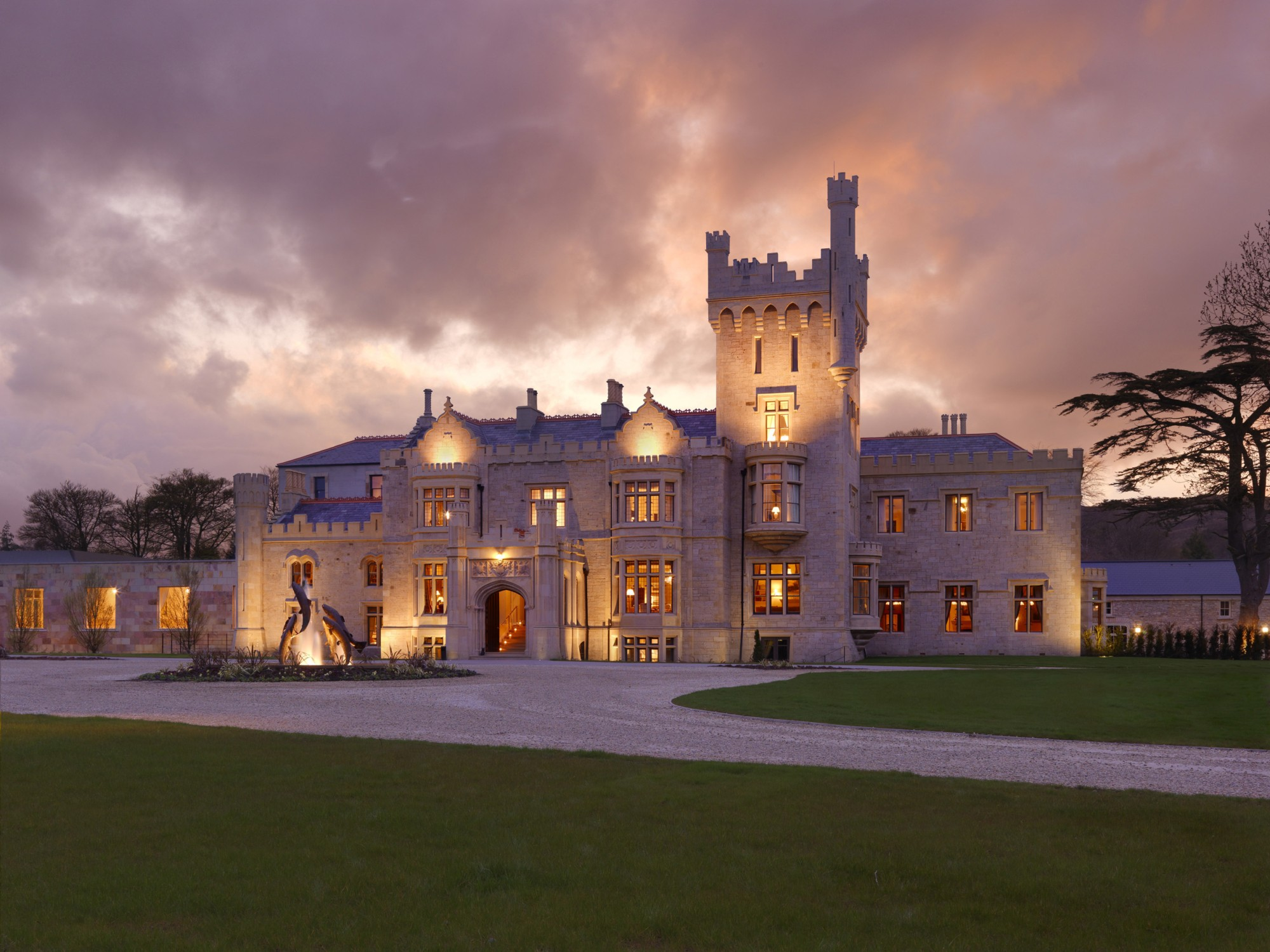 "LOUGH ESKE CASTLE CELEBRATES 2 AA ROSETTES, AND THEIR ""GOURMET GETAWAY"" PACKAGE IS THE IDEAL WAY TO TRY OUT THEIR DELICIOUS MENU"